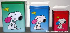 Snoopy holding cup with Woodstock set of 3 Tin Canisters
