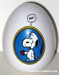 Snoopy holding heart and crying 'Snif!' Egg Figurine