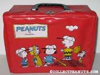 Peanuts Gang on pitcher's mound and Charlie Brown flying kite Red Lunch Box
