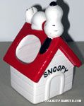 Snoopy on Doghouse Planter