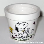 Snoopy & Woodstock dancing in flowers Flower Pot