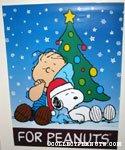 'Snoopy & Linus with Christmas Tree Display