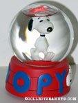Snoopy walking Snowglobe