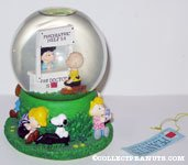 Peanuts Gang around Charlie Brown and Lucy at Doctor's Booth Snowglobe