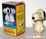Mini Walking Snoopy