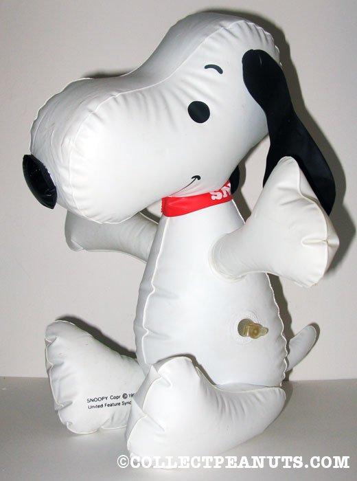 Snoopy Christmas Decor