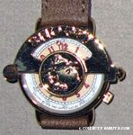 Beaglescout Snoopy gold-tone Watch