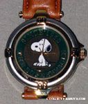 Snoopy sitting 'The Super Beagle' Watch