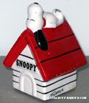 Snoopy on doghouse Ceramic Paperweight