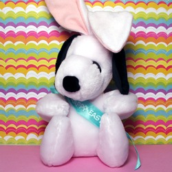 Snoopy Easter Beagle Collectibles