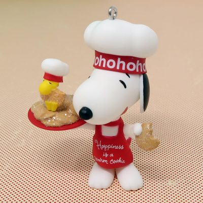 Snoopy & Woodstock – Happiness is a Warm Cookie Ornament