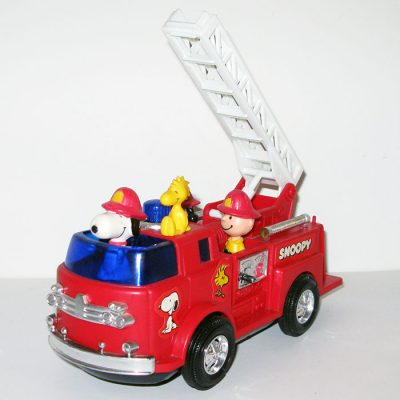 Peanuts Battery-powered Fire Engine