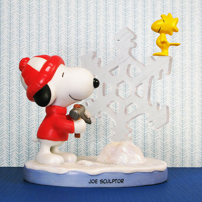Snoopy & Woodstock With Snowflake Ice Sculpture Figurine