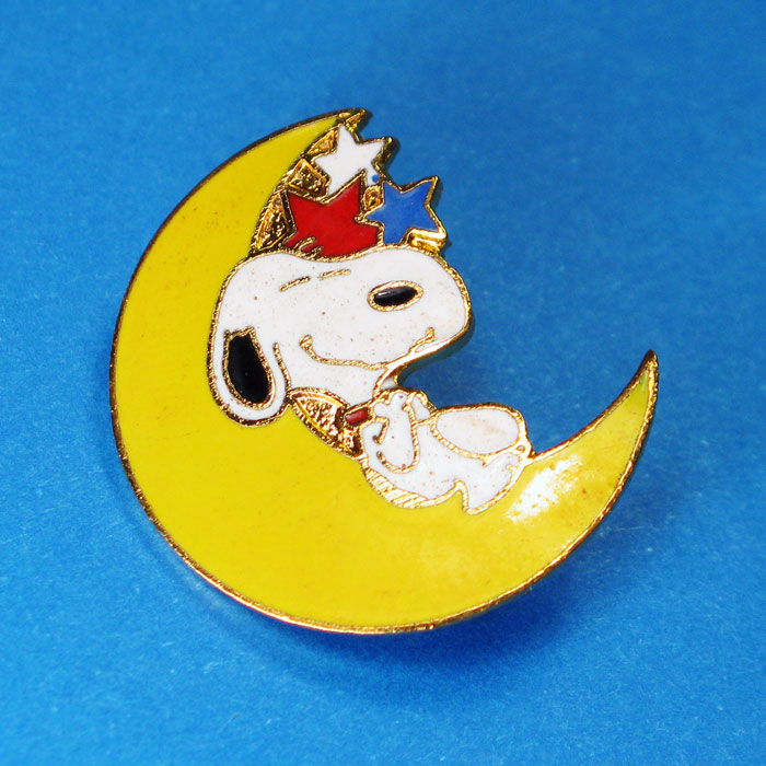 Snoopy on Moon Pin