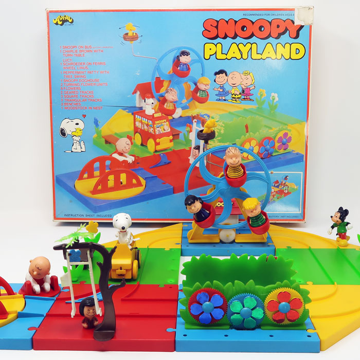 Snoopy Playland by Aviva