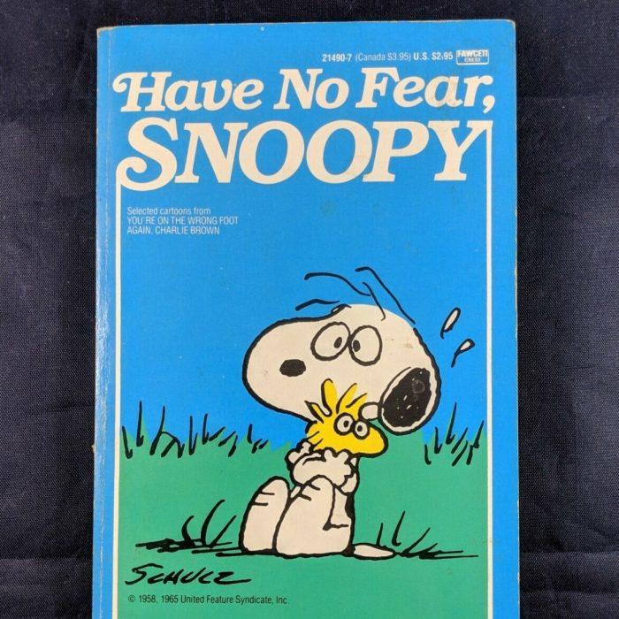 Snoopy Fawcett Crest Book