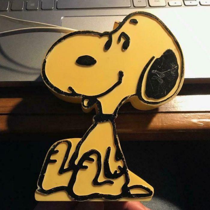 Sitting Snoopy Radio