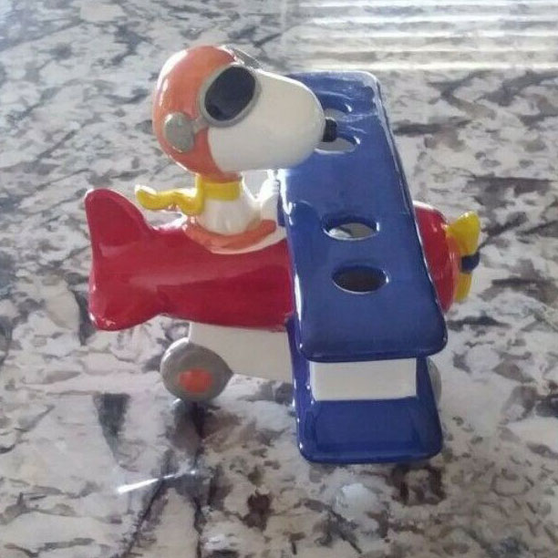 Snoopy Toothbrush Holder