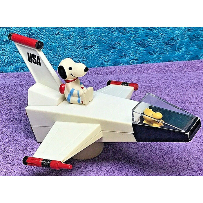 Snoopy Spaceship Radio