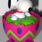 Snoopy Easter Egg Container  - Pink & Green
