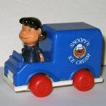 Lucy in Ice Cream Van Push n' Pull Car