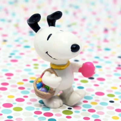Snoopy with basket of Easter eggs PVC Figurine