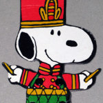 Snoopy toy solider playing drum jointed cardboard Ornament