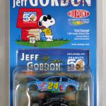 Snoopy & Dupont Jeff Gordon 2-Piece Stock Car