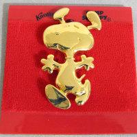 Snoopy Dancing gold tone Pin