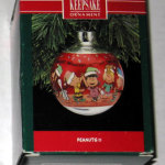 Peanuts Gang Celebrating Holiday Ornament