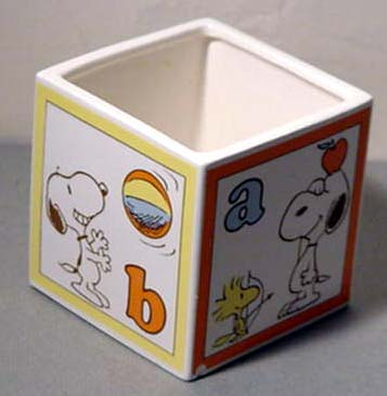 Snoopy & Woodstock Baby ABCD Block Planter