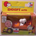 Snoopy's Garage Die Cast Car