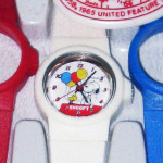 Snoopy holding Balloons with interchangeable band Kids Watch