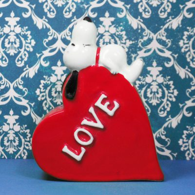 """Snoopy laying on heart """"Love"""" Planter"""