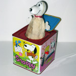 Snoopy in the Box Wind-up Musical Toy