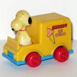 Snoopy in Snoopy's Ice Cream Truck Push n' Pull Car