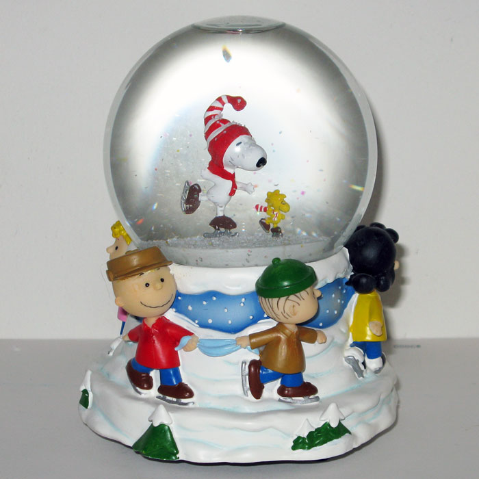 Peanuts Musical Christmas Decorations