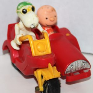Charlie Brown and Snoopy Sidecar by Aviva