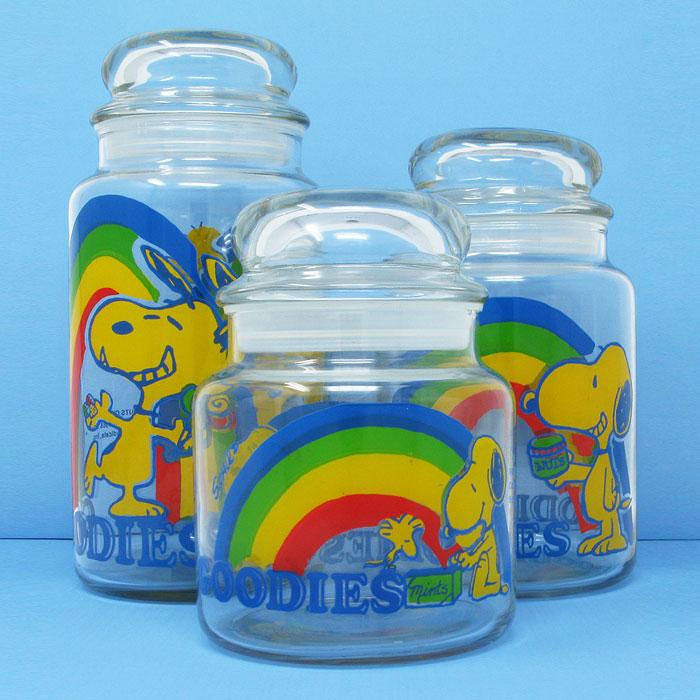 Snoopy Rainbow Day