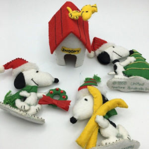 Felt Snoopy Christmas Ornaments by Malina