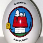 Peanuts Aviva Egg Figurine