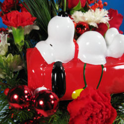 The Snoopy Cookie Jar Bouquet - Close-up of Snoopy